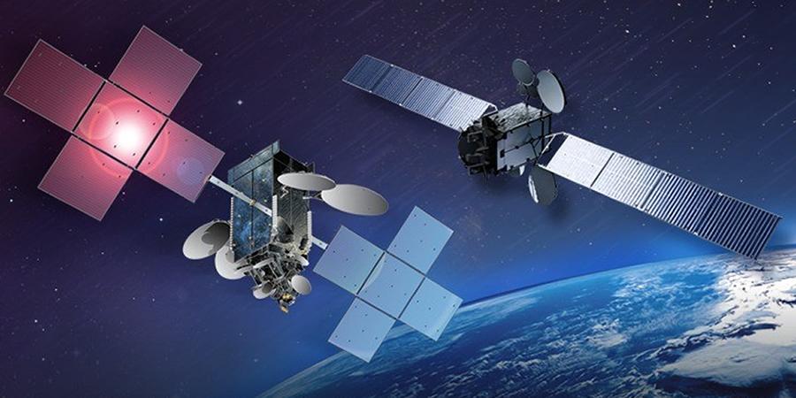 Telecom Review - Es'hailSat showcases Es'hail-1 and Es'hail-2 at