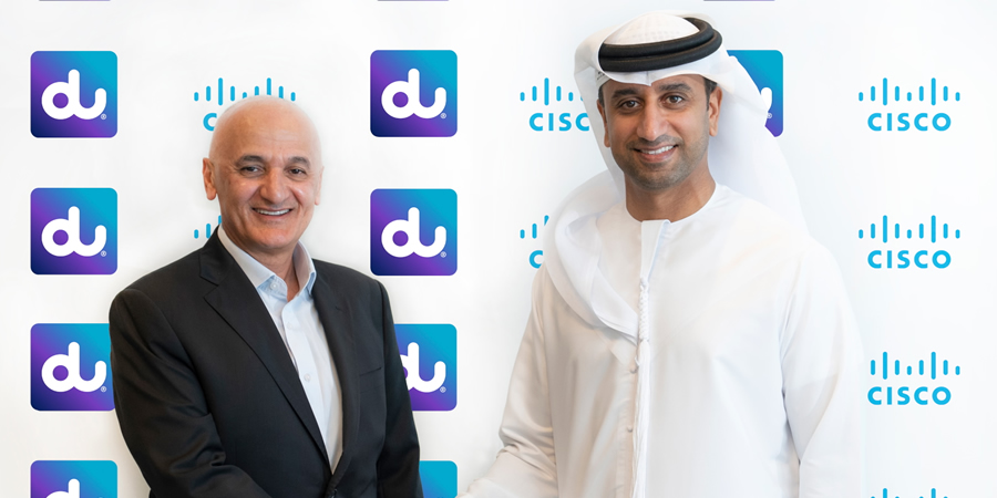 Telecom Review - Etisalat offers UAE consumers the latest Apple devices